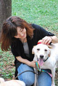 丸の内のOLから一転、「犬のために、どうしてもやりたくて」とNPO法人を立ち上げた岩淵さん
