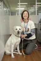訓練部山口歩さん。介助犬協会さんでは多くの若いスタッフが頑張っています。